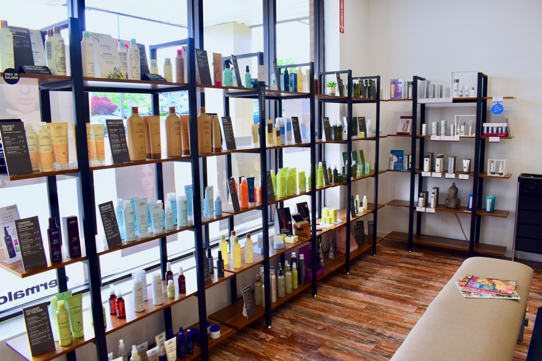 Receive 10% discount on retail purchase of Aveda/Dermalogica skin ,body and massage products.